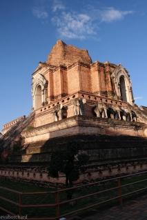 Tempel in der Innenstadt Chiang Mais