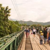 World War 2 Memorial Bridge: Gebaut von der Japanischen Armee während des zweiten Weltkrieges